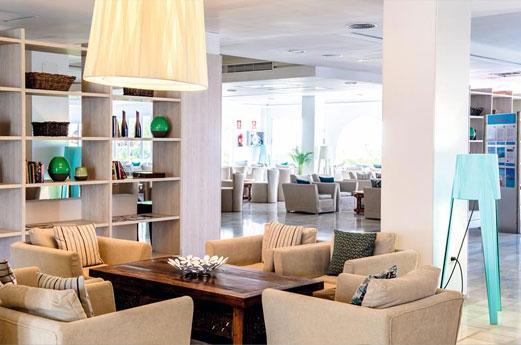 Hotel Club Bahamas Receptie