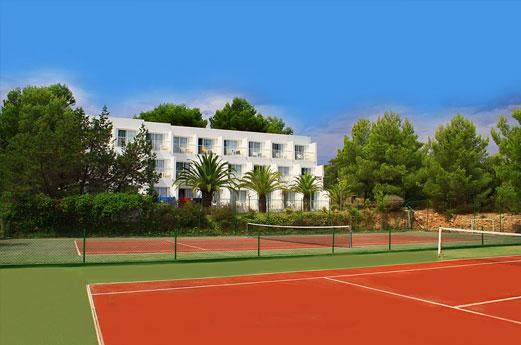 Club Hotel Portinatx Gebouw