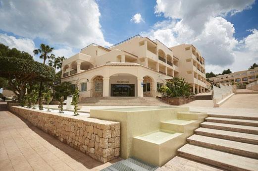 Invisa Figueral Resort Gebouw