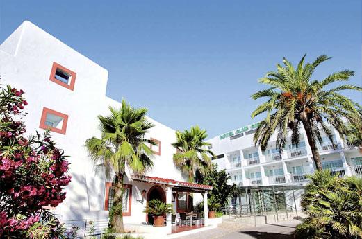 Sirenis Hotel Club Siesta Gebouw